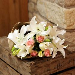 Fragranceful Lilies with Pink Roses