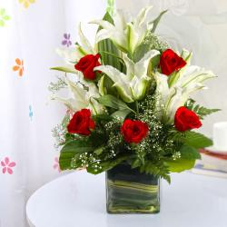 Red and White Flower Glass Vase