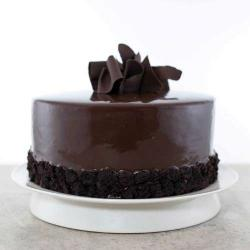Round Shape Dark Chocolate Cake from Five Star Bakery for Surendranagar