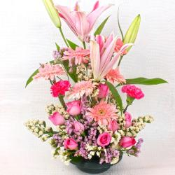 Splash of Happiness with Exotic Arrangement